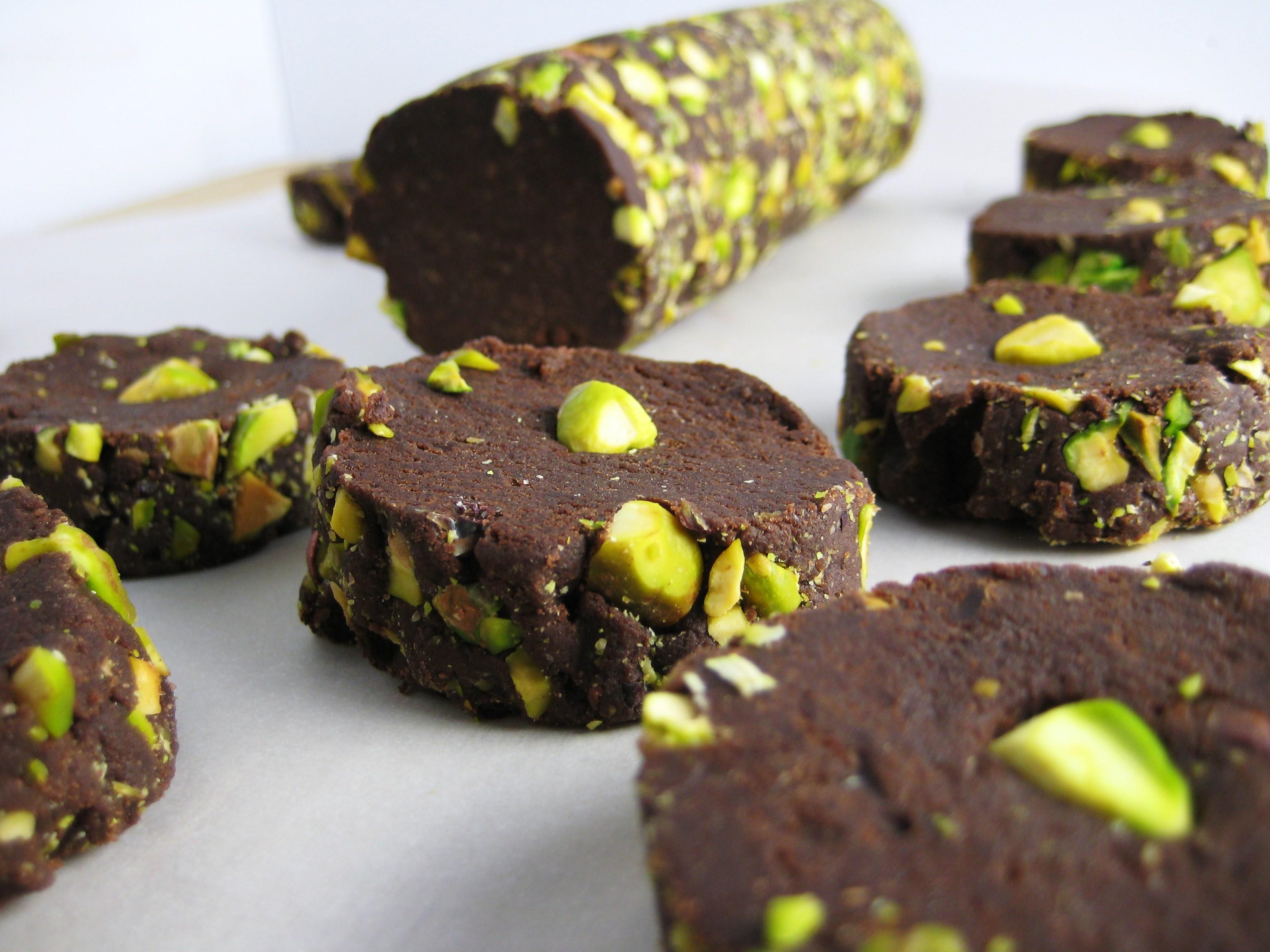 Photo of the Day: Salted Dark Chocolate & Pistachio Shortbread