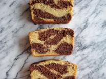 Banana & Chocolate Marble Loaf Cake